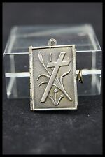 † STATIONS / WAY of THE CROSS SILVER BOOK LOCKET PENDANT JESUS CHRIST 13 PICTURE