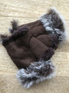 fur fingerless gloves In Brown One Size