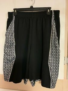 Nice Shorts Bottoms Mens Tek Gear Basketball Size XL Black Side Stripes Pockets