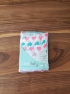 New ideal baby (aden+ anais) Muslim changing pad cover pink hearts