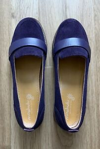 Moshulu - Womens Suede Shoes / Loafers - Size 6.5  EU 40 - Purple