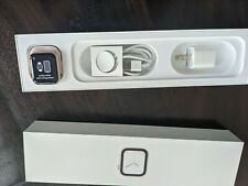 Apple Watch Series 4 40 mm Gold Aluminum Case(GPS + Cellular)