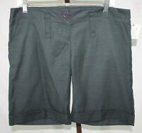 Forever 21 Ladies Juniors Charcoal Gray Flat Front Bermuda Shorts Size Large NEW