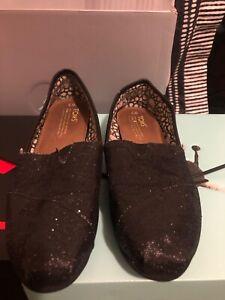 women's toms classic black sequin slip on size 8