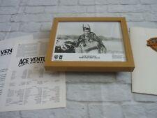 Framed Lobby card Press kit & Promo Photo ACE VENTURA WHEN NATURE CALLS JIM