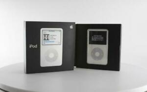 Boxed Open-Box Apple iPod A1136 5th Generation - 30GB - White (MA002FB/A)