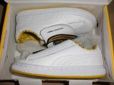 kids infants size 9c Puma Minions shoe