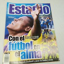 """ECUADOR'S """"ESTADIO"""" MAGAZINE """"CON EL FUTBOL EN EL ALMA"""" OCTOBER '01 (B44)"""