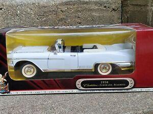 Road Signature 1958 Cadillac Eldorado Biarritz 1:18 Scale Diecast Car White