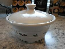Longaberger Pottery Woven Tradition Holly Small Covered Lidded Bowl Dish