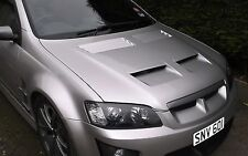VE G8 PONTIAC STYLE BONNET WITH HEAT EXTRACTION VENTS