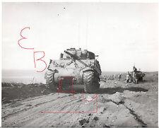 WWII PHOTOGRAPH 8X10 OF 5TH MARINE DIV IWO JIMA TANKS ROLLING ASHORE 2/1945
