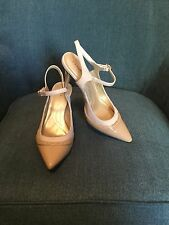 Tahari Alycia Womens Beige Nude Pointed Toe Pumps Sz 9 M Mary Jane Shoes Heels