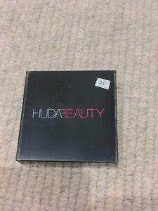 Huda Beauty Tantour Contour & Bronzer Cream In Medium