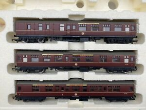 HORNBY 00 GAUGE R2306 THE CALEDONIAN TRAIN PACK LIMITED EDITION *COACHES ONLY*