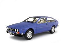 LAUDORACING-MODELS ALFA ROMEO ALFETTA GTV 2000 1976 1:18 LM130B2