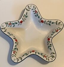 PFALTZGRAFF Winterberry Christmas STAR Shaped Serving Dish Raised Holly Berries