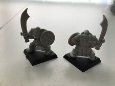 2 Plastic Warhammer Figures