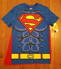 NWT DC Comics Superman men's small t-shirt with detachable red cape Halloween SM