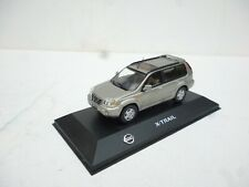 NISSAN  SUV X TRAIL Silver Gret Old Type NOREV 1/43 On Plateau