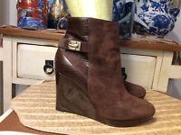 Cole Haan Women's Wedge Heel zip  Brown Leather/Suede Ankle  Boots Size 8.5B