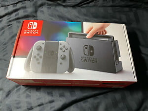 100% COMPLETE IN BOX NINTENDO SWITCH 32GB Gray Console ( Gray Joy-Cons)