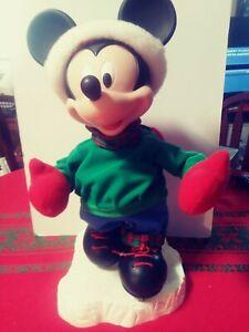 Santas best animated christmas skating Mickey