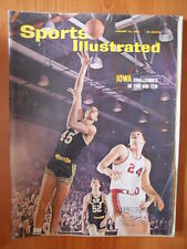 Sports Illustrated #24 1966  - IOWA Challenges in The Big Ten  [D24]