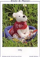 MILLY-Carino piccolo giocattolo per cane knitting pattern da Sandra polley