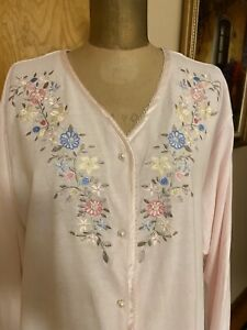 Robe, Housecoat House Dress, Nightgown! Soft pink with flowers & pearls Size 1X