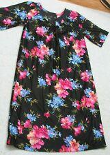 Metropolitan Black Large Hawaiian Polyester Dress MuMu V-Neck Floral Flowers