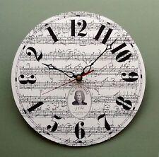 Reloj de pared Bach en el tiempo con movimiento hacia atrás