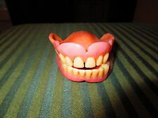 VINTAGE FALSE TEETH, USED
