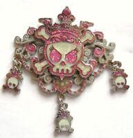 Disney HKDL Pin Pirates of the Caribbean Skull Princess