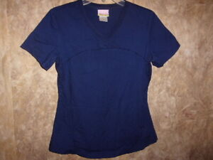 Skechers BLUE SCRUB TOP SIZE S (2 POCKETS) STYLE: 25705  COLOR: NAVX