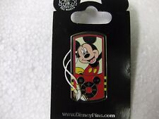 Rare Disney Pin 1st Release Mickey Mouse MP3 Player From Walt Disney 2010 pin133