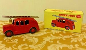 Dinky Toys No. 250 Streamlined Fire Engine Excellent in Box!