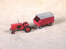 N Scale 1980 Red international Tractor with Red Self-unloading Forage Wagon