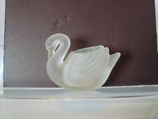 "SMALL FROSTED GLASS SWAN VOTIVE CANDLE HOLDER 4 1/4"" WIDE-c28"