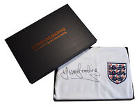 Trevor Brooking SIGNED Shirt England 1976 NEW BNWT PROOF AFTAL COA & Gift Box