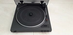 Aiwa full automatic turntable, PX-E900H, make in Japan. Tested Works well.