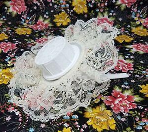 "VTG Darice Wedding Bridal Flower Girl Bouquet 8"" Cream Lace Collar Handle Holder"