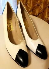 SALVATORE FERRAGAMO Classic White w Black Tips Italian Leather Flats 7 AAAA