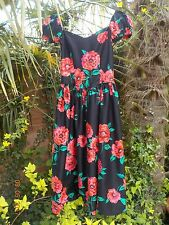 Vintage 1980s Black evening dress with red poppies - Size 8 / 10
