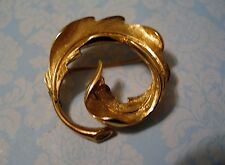 Mid Century Mod Signed MONET Brooch Pin Swirled Frond Gold Plated Fluid Design