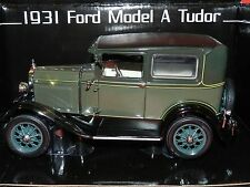 Sun Star 1/18 1931 Ford Model A Tudor Kewanee Green MIB