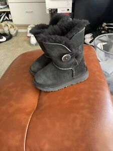 UGG TODDLER BAILEY BUTTON II BOOTS 1017400T BLACK Toodler 7 BRAND NEW, AUTHENTIC