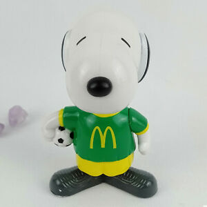 Snoopy Soccer Ball Brazil Figure, World Tour 2, McDonalds 1999 Happy Meal Toy