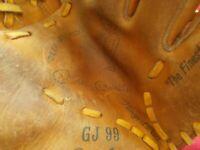 MICKEY MANTLE-VINTAGE RAWLINGS GJ 99 MODEL