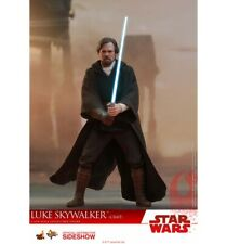 Hot Toys Star Wars 8 Luke Skywalker Crait1/6